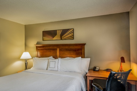 TownePlace Suites by Marriott Republic Airport Long Island/Farmingdale, MD 21090 near Baltimore-washington International Thurgood Marshall Airport View Point 5