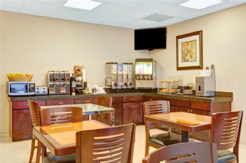 Ramada by Wyndham San Bruno SFO Airport, CA 94066 near San Francisco International Airport View Point 10