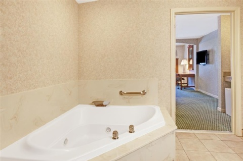 Ramada by Wyndham San Bruno SFO Airport, CA 94066 near San Francisco International Airport View Point 6