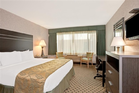 Ramada by Wyndham San Bruno SFO Airport, CA 94066 near San Francisco International Airport View Point 3