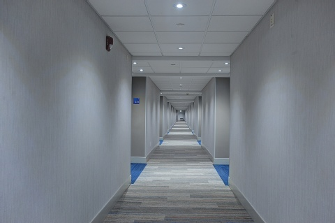 Holiday Inn Express and Suites Toronto Airport West, ON L4W 3ZI near Toronto Pearson International Airport View Point 12