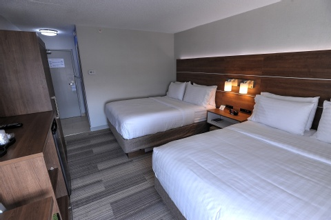 Holiday Inn Express and Suites Toronto Airport West, ON L4W 3ZI near Toronto Pearson International Airport View Point 8