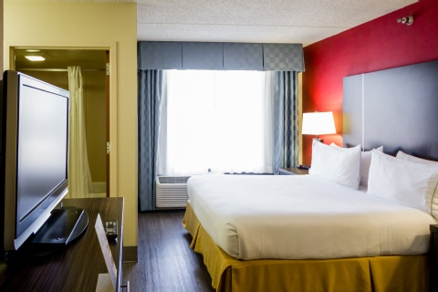 Holiday Inn Express & Suites Austin Airport, TX 78741 near Austin-bergstrom International Airport View Point 6