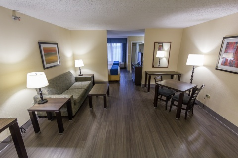 Holiday Inn Express & Suites Austin Airport, TX 78741 near Austin-bergstrom International Airport View Point 5