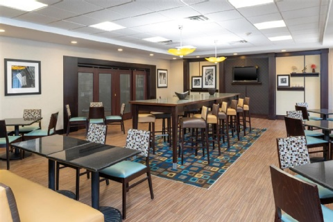 Hampton Inn & Suites Cleveland-Airport/Middleburg Heights, OH 44130 near Cleveland Hopkins International Airport View Point 22