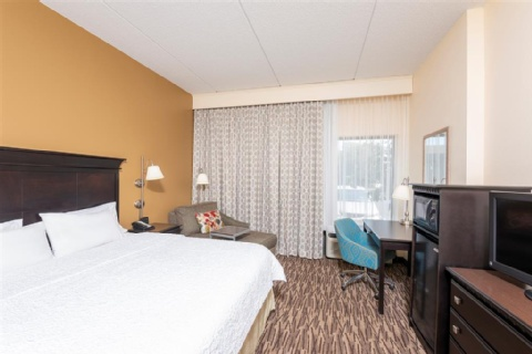 Hampton Inn & Suites Cleveland-Airport/Middleburg Heights, OH 44130 near Cleveland Hopkins International Airport View Point 19