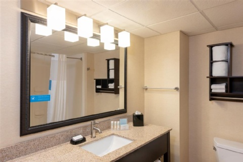 Hampton Inn & Suites Cleveland-Airport/Middleburg Heights, OH 44130 near Cleveland Hopkins International Airport View Point 14
