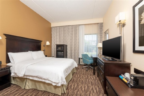 Hampton Inn & Suites Cleveland-Airport/Middleburg Heights, OH 44130 near Cleveland Hopkins International Airport View Point 8