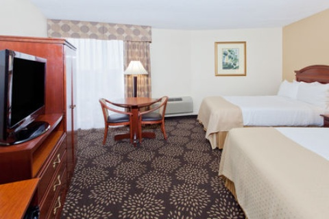 Holiday Inn Charleston-Riverview, SC 29407 near Charleston International Airport / Charleston Afb View Point 10