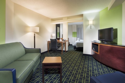 Fairfield Inn & Suites by Marriott Charleston Airport/Convention Center, SC 29418 near Charleston International Airport / Charleston Afb View Point 7