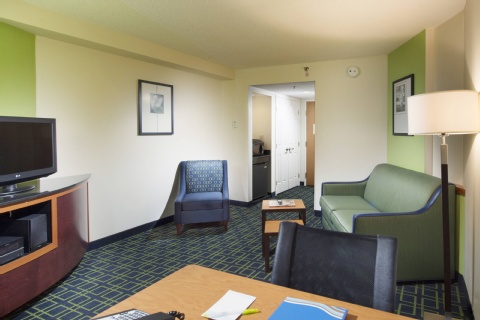 Fairfield Inn & Suites by Marriott Charleston Airport/Convention Center, SC 29418 near Charleston International Airport / Charleston Afb View Point 5