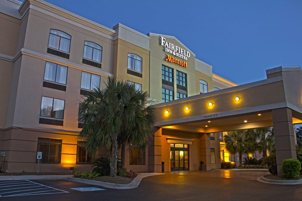 Fairfield Inn & Suites by Marriott Charleston Airport/Convention Center, SC 29418 near Charleston International Airport / Charleston Afb View Point 1
