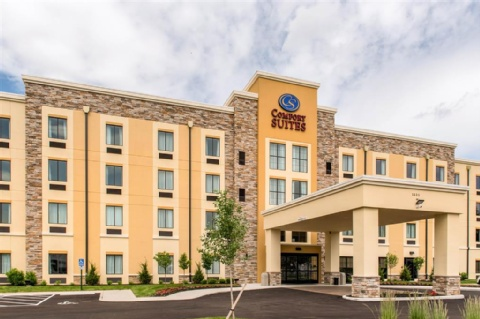 Comfort Suites Columbus Airport, OH 43219 near Port Columbus International Airport View Point 1