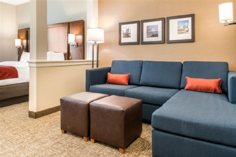 Comfort Suites Columbus Airport, OH 43219 near Port Columbus International Airport View Point 14