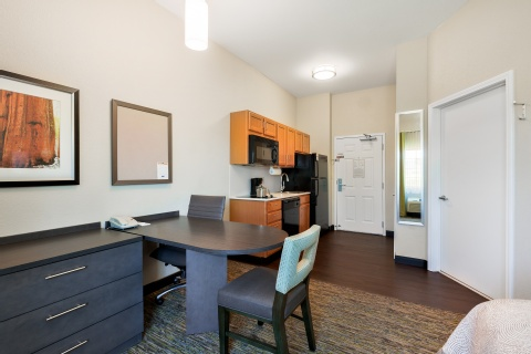 Candlewood Suites Medford, OR 97504 near Rogue Valley International-medford Airport View Point 18