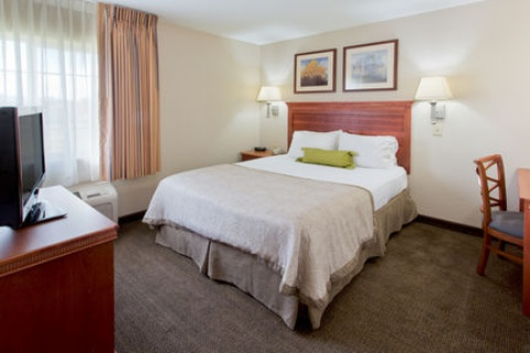 Candlewood Suites Medford, OR 97504 near Rogue Valley International-medford Airport View Point 9