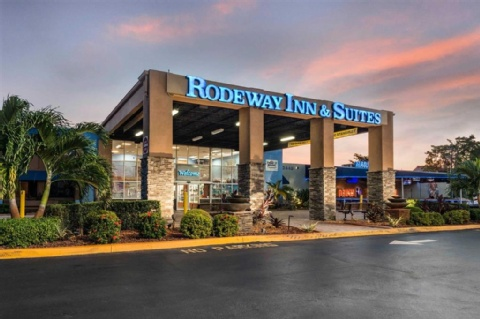 Rodeway Inn & Suites Fort Lauderdale Airport & Port Everglades Cruise Port Hotel, FL 33312 near Fort Lauderdale-hollywood International Airport View Point 1