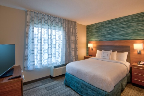 TownePlace Suites Miami Airport, FL 33126 near Miami International Airport View Point 4