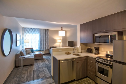 TownePlace Suites Miami Airport, FL 33126 near Miami International Airport View Point 3