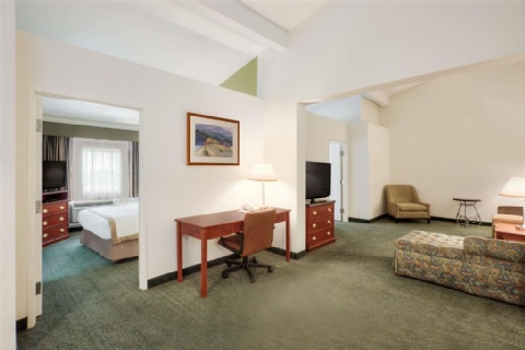 Hawthorn Suites by Wyndham Sacramento, CA 95814 near Sacramento International Airport View Point 14