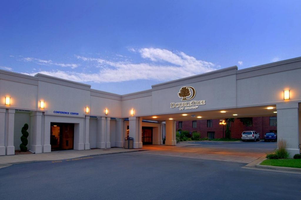 DoubleTree by Hilton Hotel Grand Rapids Airport, MI 49512 near Gerald R. Ford International Airport View Point 1