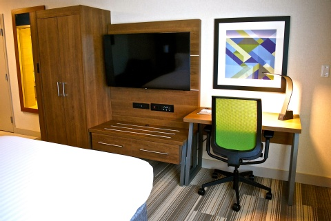 Holiday Inn Express Vancouver Airport, BC V6X 1S3 near Vancouver International Airport View Point 18