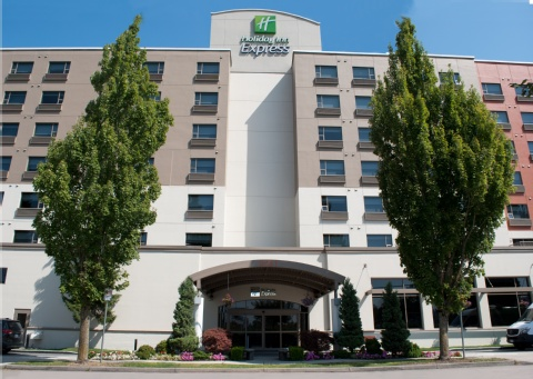 Holiday Inn Express Vancouver Airport, BC V6X 1S3 near Vancouver International Airport View Point 16