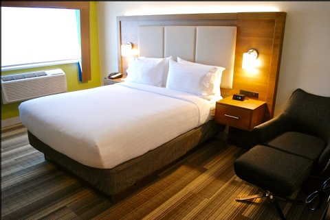 Holiday Inn Express Vancouver Airport, BC V6X 1S3 near Vancouver International Airport View Point 7