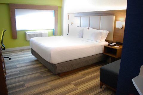 Holiday Inn Express Vancouver Airport, BC V6X 1S3 near Vancouver International Airport View Point 3