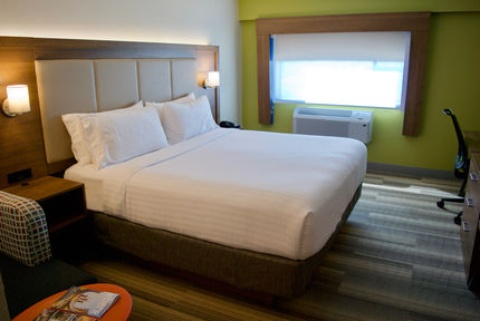 Holiday Inn Express Vancouver Airport, BC V6X 1S3 near Vancouver International Airport View Point 2