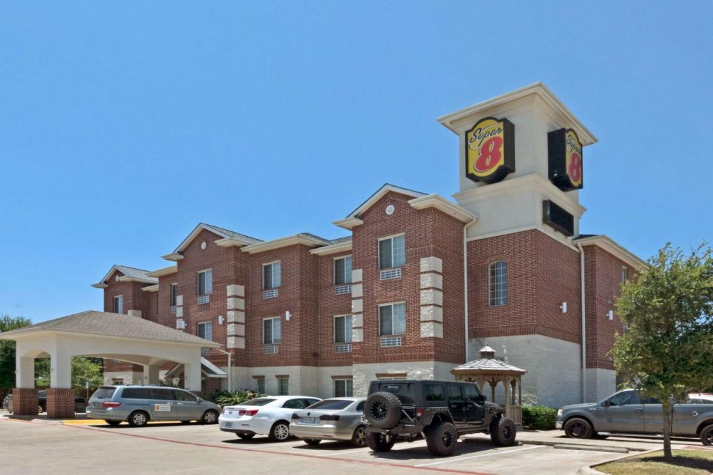 Super 8 Austin South, TX 78744 near Austin-bergstrom International Airport View Point 1