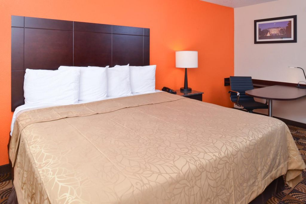 Americas Best Value Inn Pittsburgh Airport, PA 15108 near Pittsburgh International Airport View Point 6