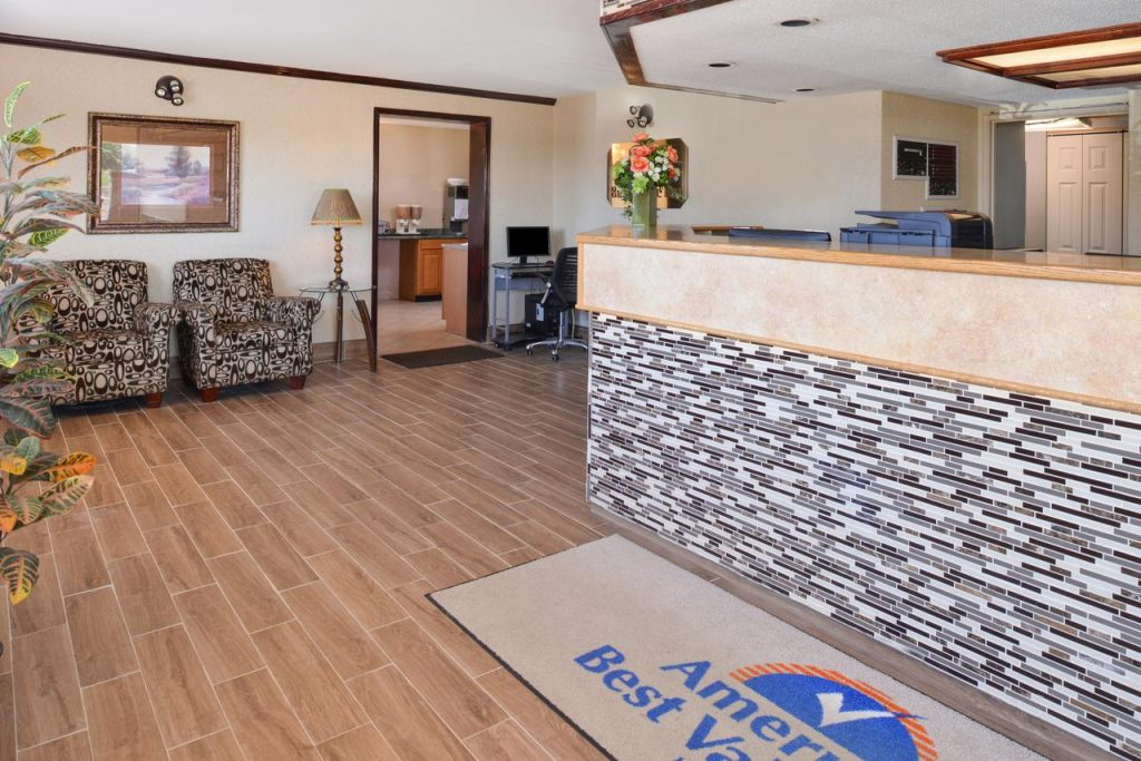 Americas Best Value Inn Pittsburgh Airport, PA 15108 near Pittsburgh International Airport View Point 3