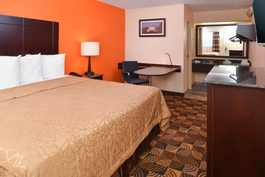 Americas Best Value Inn Pittsburgh Airport, PA 15108 near Pittsburgh International Airport View Point 8