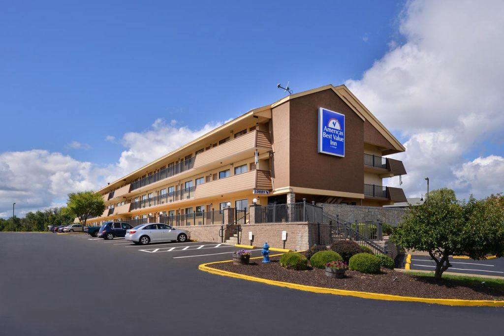 Americas Best Value Inn Pittsburgh Airport, PA 15108 near Pittsburgh International Airport View Point 2