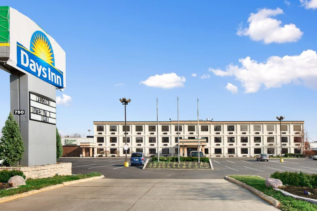 Days Inn by Wyndham Columbus Airport , OH 43219 near Port Columbus International Airport View Point 1