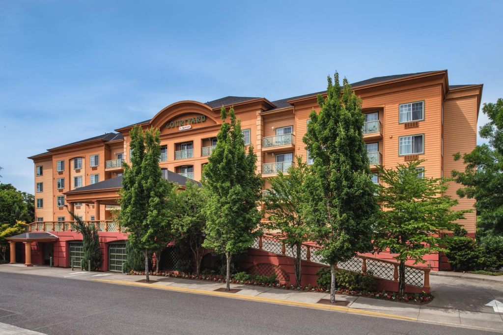 Courtyard by Marriott Portland North, OR 97217 near Portland International Airport View Point 1