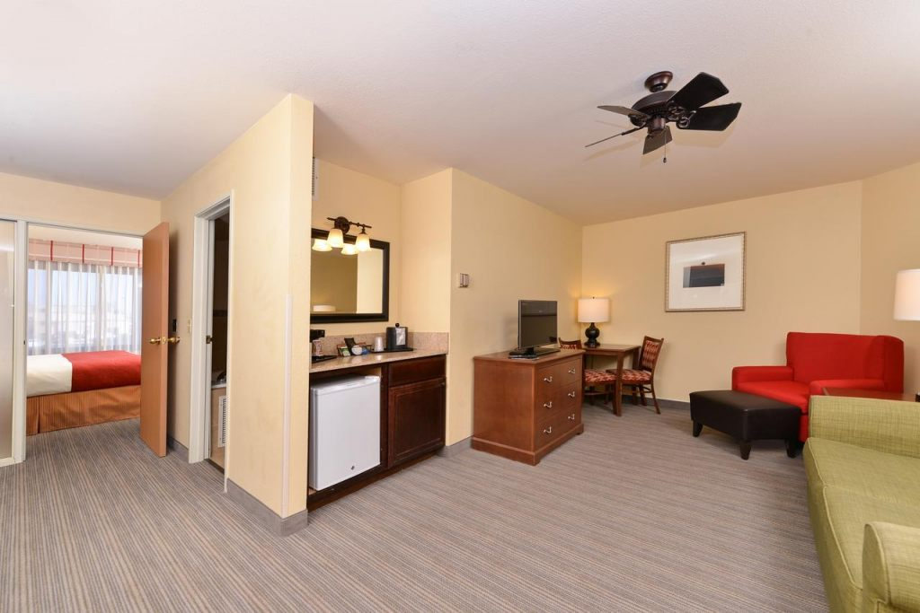 Country Inn & Suites by Radisson, Fargo, ND 58103 near Hector International Airport View Point 7