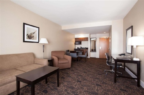 Wingate by Wyndham Edmonton Airport, AB T9E 8A5 near Edmonton International Airport View Point 3