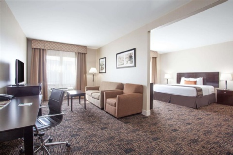 Wingate by Wyndham Edmonton Airport, AB T9E 8A5 near Edmonton International Airport View Point 2