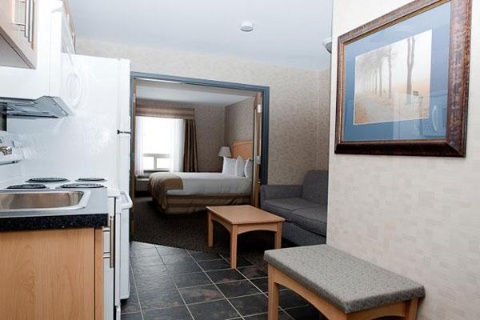 Paradise Inn & Suites Signature Leduc/Edmonton Airport, AB T9E 8A5 near Edmonton International Airport View Point 13