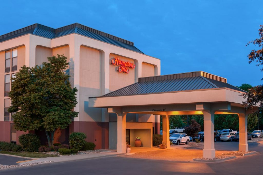 Hampton Inn Des Moines-Airport, IA 50321 near Des Moines International Airport View Point 1
