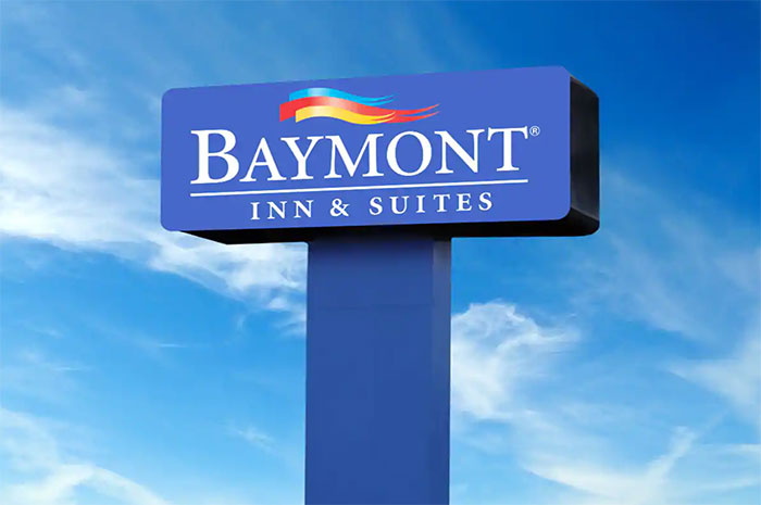 Baymont by Wyndham Montreal Airport, QC H4T 1E5 near Montreal-Pierre Elliott Trudeau Int. Airport View Point 1