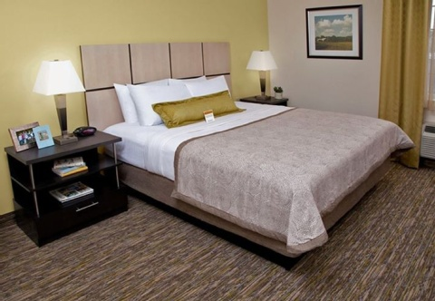 Candlewood Suites Pittsburgh-Airport, PA 15275 near Pittsburgh International Airport View Point 8