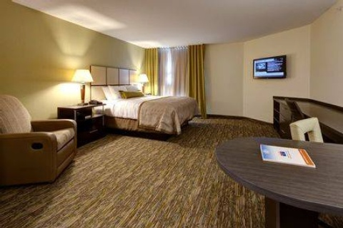 Candlewood Suites Pittsburgh-Airport, PA 15275 near Pittsburgh International Airport View Point 2