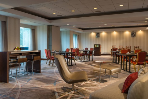 Washington Dulles Marriott Suites, VA 20170     near Washington Dulles International Airport View Point 27