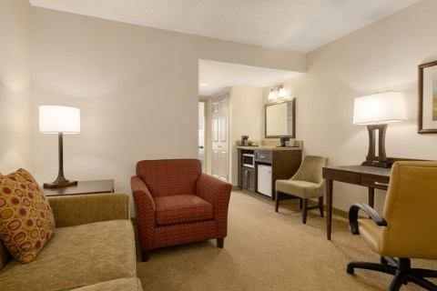 COUNTRY INN SUITES CALGARY, AB T2E8V8 near Calgary International Airport View Point 7