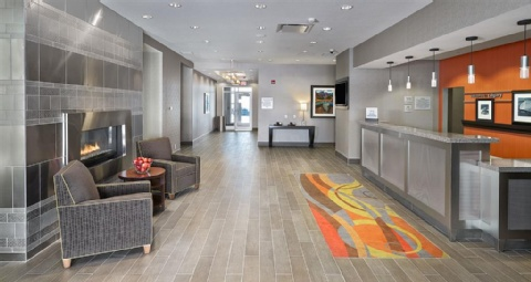 Hampton Inn by Hilton Calgary Airport North, AB T3J0R3 near Calgary International Airport View Point 10