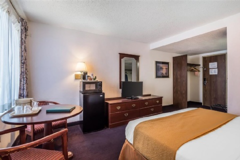 Quality Inn & Suites Albany Airport, NY 12110-2505 near Albany International Airport View Point 19