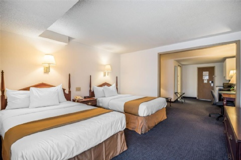 Quality Inn & Suites Albany Airport, NY 12110-2505 near Albany International Airport View Point 15